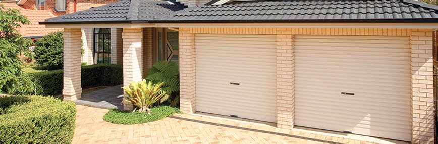 BND1170 Web Banner Roll a door Surfmist2 868x290pxl